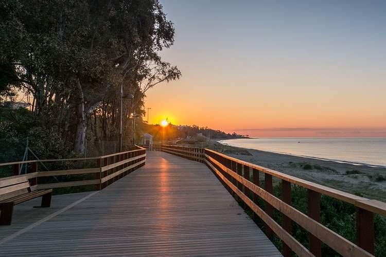Die exklusive Strandpromenade von Marbella